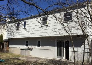 Pre Foreclosure in Hopatcong 07843 BROWN TRL - Property ID: 1089472292