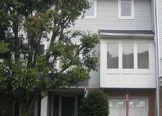 Pre Foreclosure in Staten Island 10309 COMMODORE DR - Property ID: 1089558588