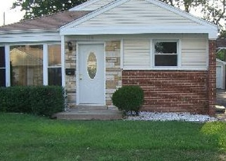 Pre Foreclosure in Chicago 60652 S KOLMAR AVE - Property ID: 1089559907