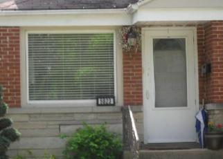 Pre Foreclosure in Berkeley 60163 BURR OAK AVE - Property ID: 1089888828