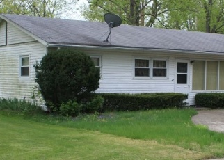 Pre Foreclosure in Evansville 47710 KENSINGTON AVE - Property ID: 1090608855