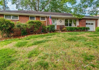 Pre Foreclosure in Chattanooga 37412 SHADOWLAWN DR - Property ID: 1091074863