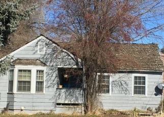 Pre Foreclosure in Klamath Falls 97603 COTTAGE AVE - Property ID: 1092814935