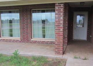 Pre Foreclosure in Cashion 73016 W COMANCHE AVE - Property ID: 1092882817