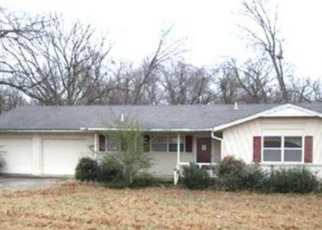 Pre Foreclosure in Tahlequah 74464 SASHA LN - Property ID: 1092937103