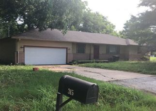 Pre Foreclosure in Pryor 74361 SE 6TH PL - Property ID: 1092975209