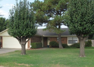 Pre Foreclosure in Ardmore 73401 WILDEWOOD DR - Property ID: 1092979601