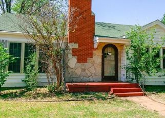 Pre Foreclosure in Elk City 73644 MCARTHUR BLVD - Property ID: 1092986160