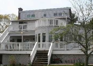 Pre Foreclosure in Center Moriches 11934 HEWITT BLVD - Property ID: 1093795546