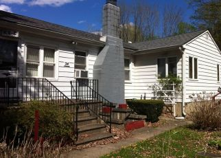 Pre Foreclosure in Belvidere 07823 APPLE DR - Property ID: 1094188856