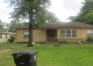 Pre Foreclosure in Houston 77015 CHELTON ST - Property ID: 1094929908