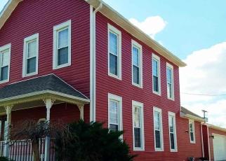 Pre Foreclosure in Washington 47501 E OAK ST - Property ID: 1095078822