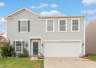 Pre Foreclosure in Greenwood 46143 PENCROSS LN - Property ID: 1095087573