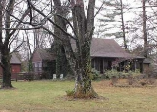 Pre Foreclosure in Louisville 40291 BEULAH CHURCH RD - Property ID: 1095141888