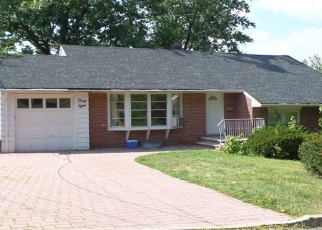 Pre Foreclosure in Englewood Cliffs 07632 JOHN ST - Property ID: 1095632858
