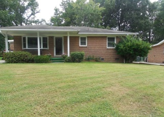 Pre Foreclosure in Greensboro 27405 RAYSTON DR - Property ID: 1095841769