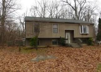 Pre Foreclosure in Atco 08004 HOLLY DR - Property ID: 1096709388