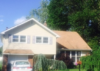 Pre Foreclosure in Warminster 18974 CHERYL DR - Property ID: 1097664606