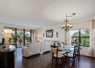 Pre Foreclosure in North Palm Beach 33408 UNO LAGO DR - Property ID: 1097988262
