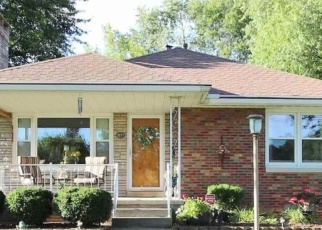 Pre Foreclosure in Peoria 61604 W MANOR PKWY - Property ID: 1098115278