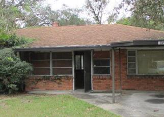 Pre Foreclosure in Tampa 33612 N EDISON AVE - Property ID: 1098466540