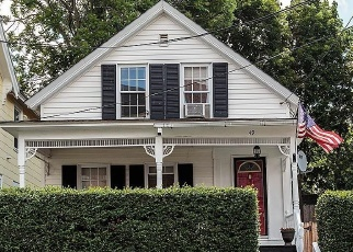 Pre Foreclosure in Lowell 01850 BEECH ST - Property ID: 1098490177