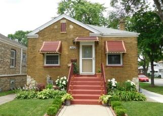 Pre Foreclosure in Berwyn 60402 HARVEY AVE - Property ID: 1100006454
