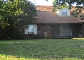 Pre Foreclosure in Tulsa 74127 W OKLAHOMA PL - Property ID: 1100184262