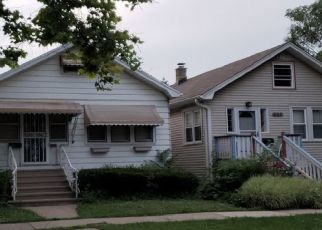 Pre Foreclosure in Forest Park 60130 CIRCLE AVE - Property ID: 1100439161