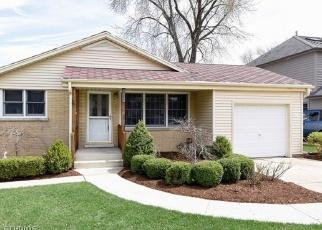 Pre Foreclosure in La Grange 60525 S CATHERINE AVE - Property ID: 1100463255