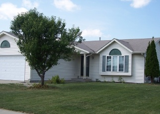 Pre Foreclosure in Janesville 53546 GREENWOOD DR - Property ID: 1100637125