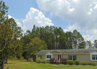 Pre Foreclosure in Macclenny 32063 REDWOOD LN - Property ID: 1100812771