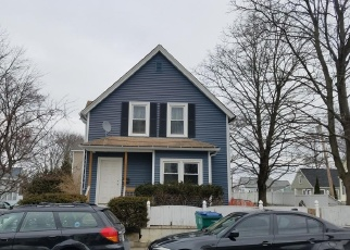 Pre Foreclosure in Lowell 01851 PUFFER ST - Property ID: 1101055401
