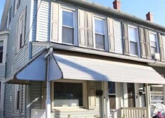 Pre Foreclosure in Kutztown 19530 E WALNUT ST - Property ID: 1101464921