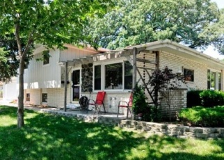 Pre Foreclosure in Oak Forest 60452 LOCKWOOD AVE - Property ID: 1101574400