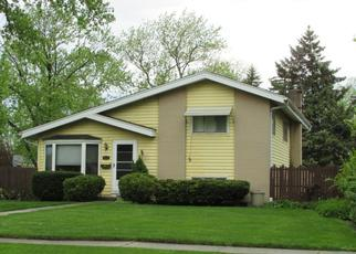 Pre Foreclosure in Villa Park 60181 N MICHIGAN AVE - Property ID: 1101597165