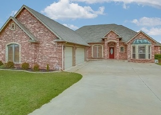 Pre Foreclosure in Choctaw 73020 SILVER TREE DR - Property ID: 1102046538