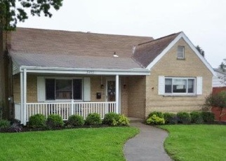 Pre Foreclosure in Cincinnati 45239 OAKMEADOW LN - Property ID: 1102097792