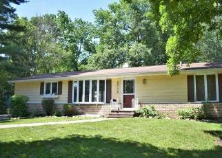Pre Foreclosure in Cedar Falls 50613 RAINBOW DR - Property ID: 1102423183