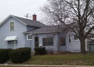 Pre Foreclosure in Manchester 52057 E FAYETTE ST - Property ID: 1102442909