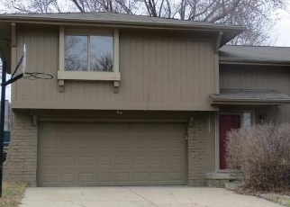 Pre Foreclosure in Omaha 68164 PATRICK AVE - Property ID: 1102646565