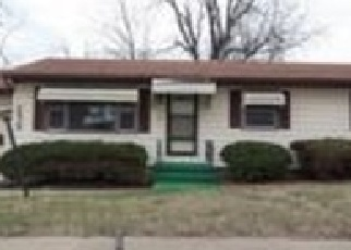 Pre Foreclosure in Topeka 66605 SE ADAMS ST - Property ID: 1102655314