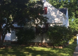 Pre Foreclosure in Maple Heights 44137 OAKWOOD AVE - Property ID: 1103152872