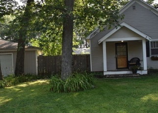 Pre Foreclosure in Willow Springs 60480 S NOLTON AVE - Property ID: 1103838733