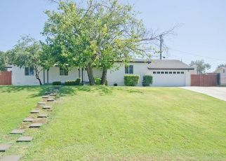 Pre Foreclosure in Bakersfield 93305 SKYLINE AVE - Property ID: 1104059464
