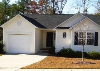 Pre Foreclosure in Chapin 29036 FOXPORT DR - Property ID: 1104130415