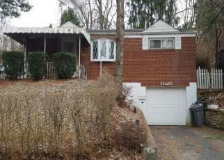 Pre Foreclosure in Pittsburgh 15216 CARNAHAN RD - Property ID: 1105016436