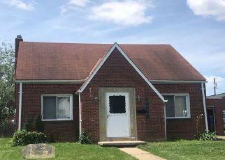 Pre Foreclosure in Bridgeville 15017 HARDING ST - Property ID: 1105154847