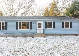 Pre Foreclosure in Michigan City 46360 MARTIN DR - Property ID: 1105334853