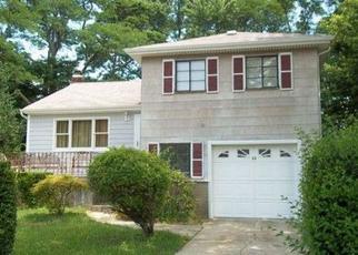Pre Foreclosure in Massapequa 11758 FAIR CT - Property ID: 1105420695